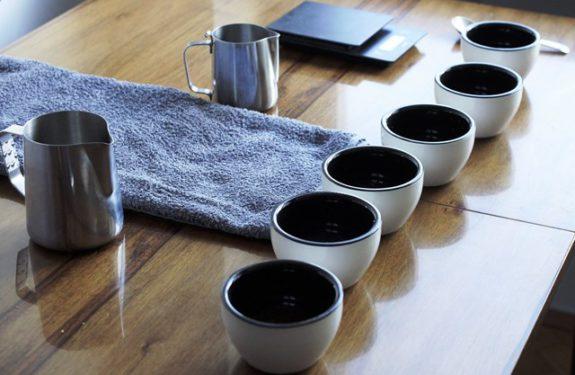Mój domowy stół do cuppingu.