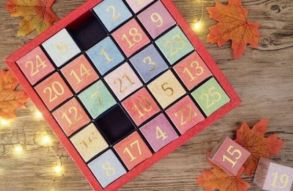 Sprawdź wszystkie kalendarze adwentowe z herbatą English Tea Shop